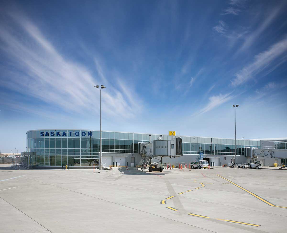 0600346_Outside-Terminal-1